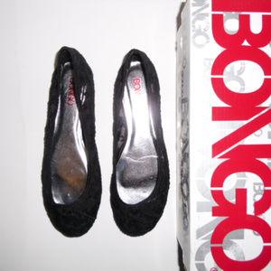48b93bdefe4e NWT BONGO Women s Lacy Black Shoes